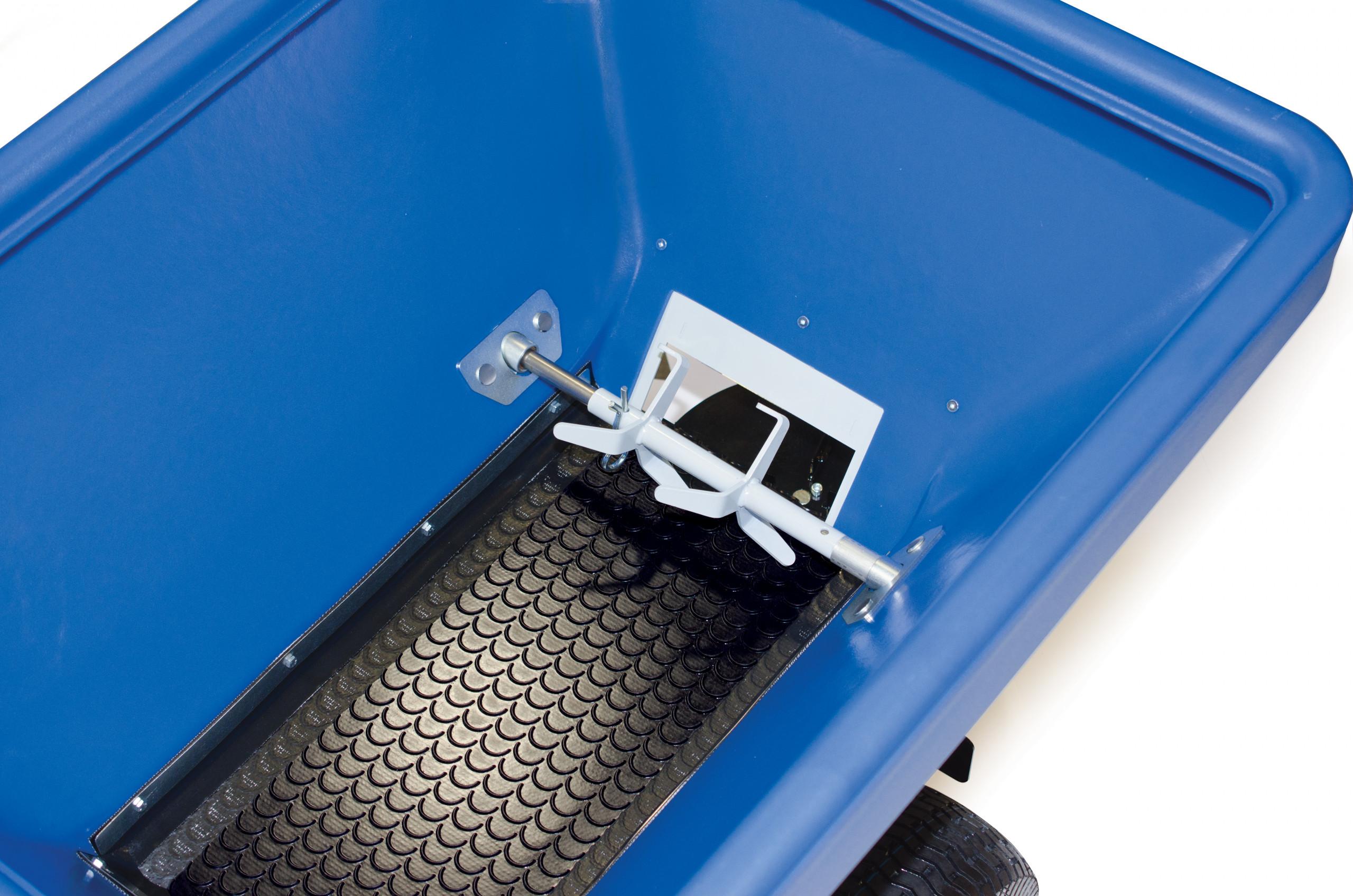 ECO 150 inside upper view with corkscrew agitator